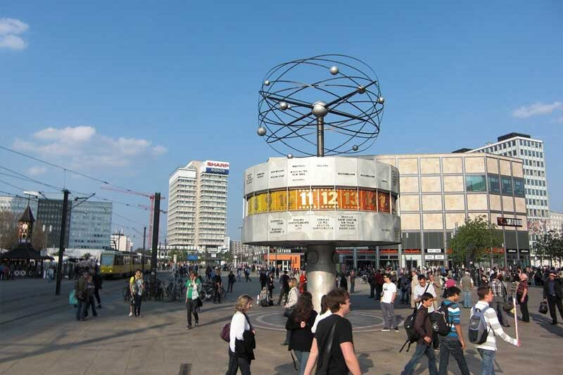 Berlin Mitte Weltzeituhr