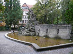 Rüdesheimer Platz - Foto: Fridolin freudenfett (Peter Kuley) - Eigenes Werk, CC BY-SA 3.0,